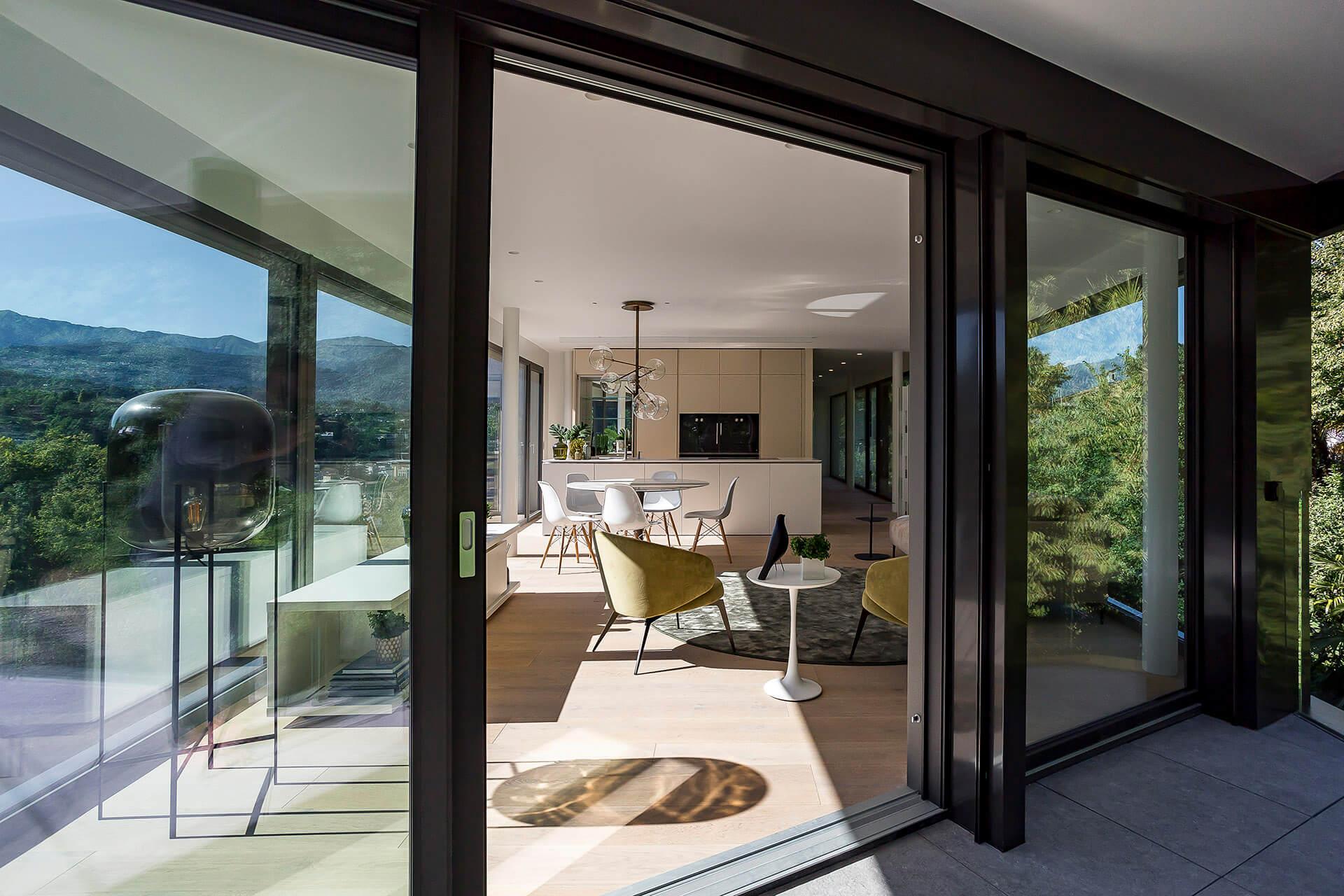 immobilien mieten oder kaufen candinas ag. Black Bedroom Furniture Sets. Home Design Ideas